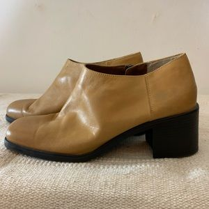 Vintage Shoes - Vintage Leather Chunky square Toe Heel Booties 9
